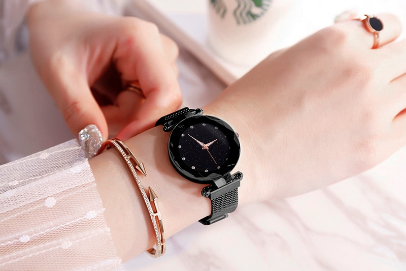 Women's Luxury Style Starry Sky Design Watch